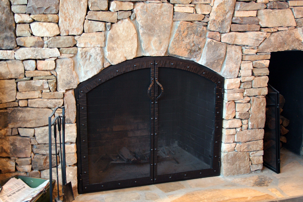 Fireplace screens blue mountain metalworks custom ornamental metal work architectural Home hardware furniture collingwood